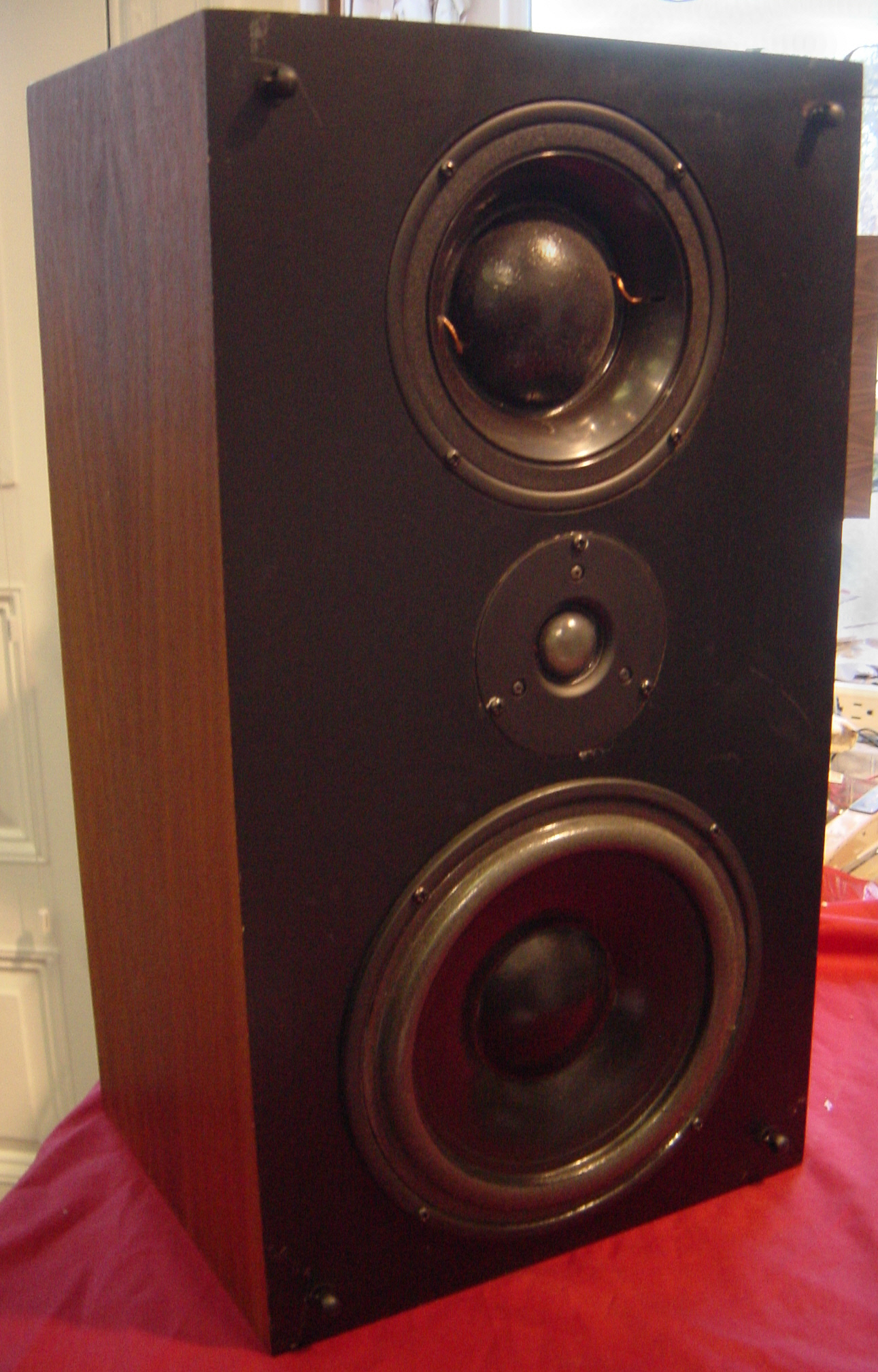 Audio Studio - Used Speakers